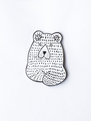 Metal pin White bear