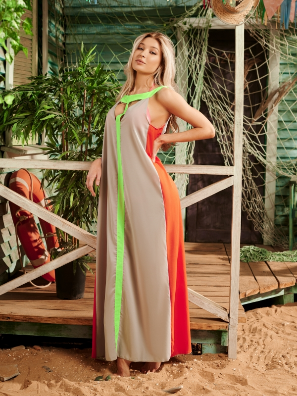 Платье пляжное Серое